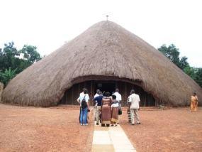 Las tumbas reales en Kasubi, Uganda, han entrado en la lista